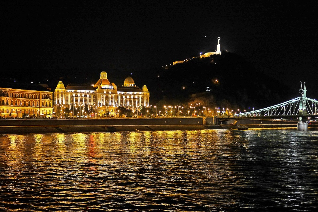 рейтинг отелей Будапешта с термальными бассейнами